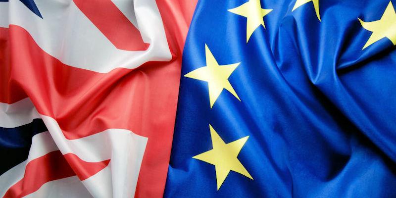 UK and European flag together